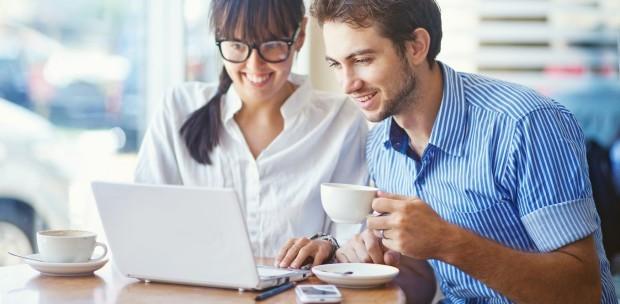 7 cursuri online gratuite pe care trebuie să le încerci în luna august