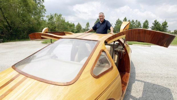 (foto, video) Un american creează autovehicule unice din lemn