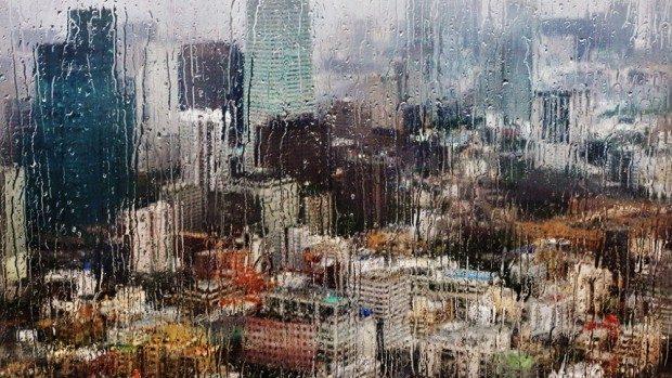 (foto) Un fotograf francez captează ploaia în diferite țări ale lumii