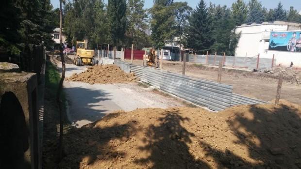 În locul blocului ce urma să fie ridicat în fața la Codreanca, ar putea apărea o biserică