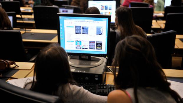 Australia: Istoria și geografia, înlocuite în școlile gimnaziale cu programarea
