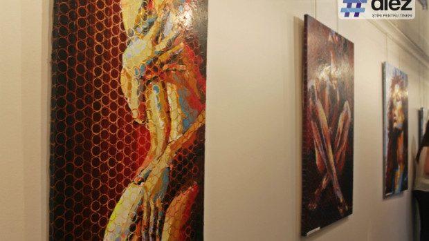 (foto) Rebeliune, dragoste și pasiune în picturile artistei Nicoleta Vacaru, expuse la Chișinău