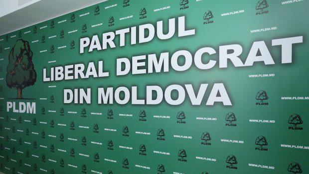 Cei șapte deputați care au votat pentru Filip au fost excluși din fracțiunea PLDM