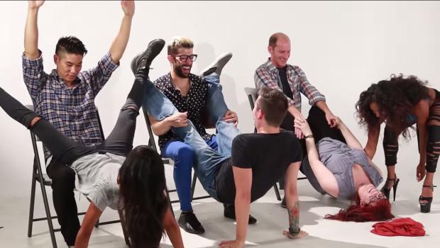 (video) Cum încearcă cuplurile să facă striptease pentru prima dată