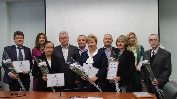 (foto) Academia de Studii Economice și-a desemnat cei mai buni profesori din 2015