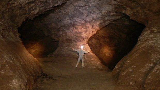 Ministrul Mediului va inspecta peștera Emil Racoviță. Aceasta ar putea deveni o destinație turistică