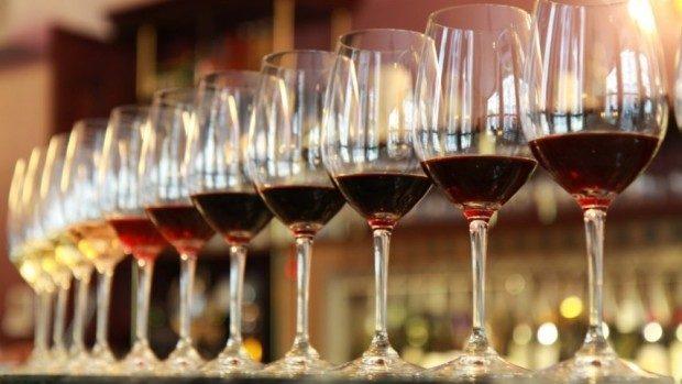 """(foto) Pentru prima data! Vinul Moldovei a fost """"digitalizat"""" în Bulgaria"""