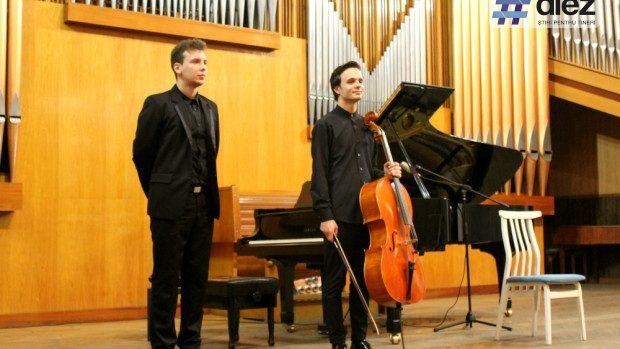 (foto, video) O seară de violoncel și pian de la tinerii muzicieni Radu Croitoru și Iulian Ochescu