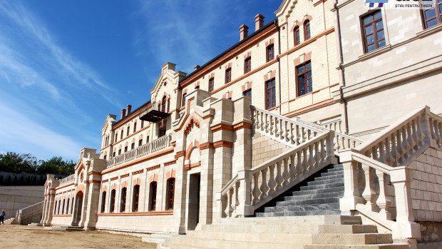 (foto) Bun e vinul ghiurghiuliu! Cum s-a desfășurat Ziua Vinului la Castelul Mimi