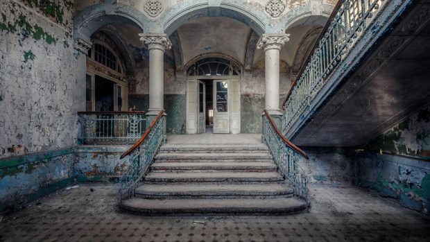(foto) Clădirile abandonate ale Europei tăinuiesc trecutul în ruine
