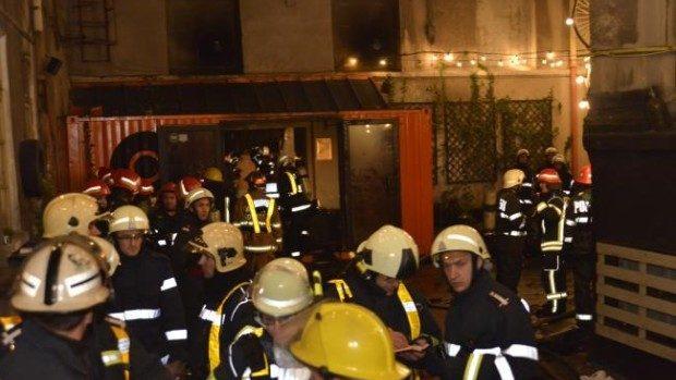 Se propun trei zile de Doliu Național în urma tragediei din Clubul Colectiv din București