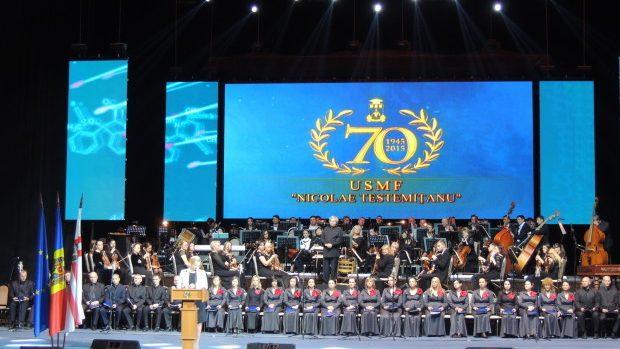 """USMF """"Nicolae Testemiţanu"""" a sărbătorit 70 de ani de activitate printr-o manifestație solemnă"""