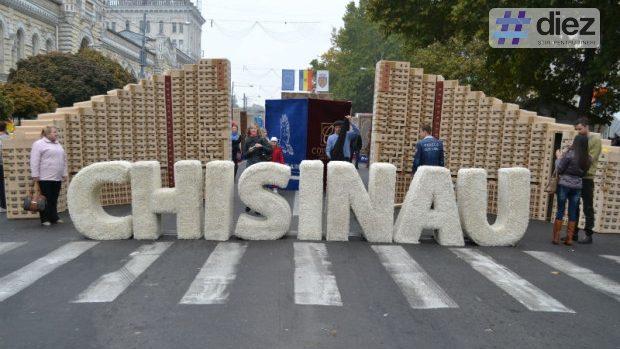 """Chișinăul are 52 de """"Cetățeni de Onoare"""". Cine sunt persoanele deținătoare ale acestui titlu"""