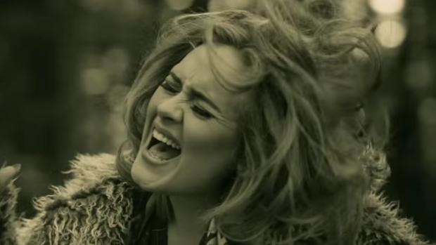 (video) Twitter: Noul single al cântăreței Adele a generat 1.600 de mesaje pe minut