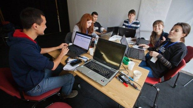 7 motive pentru care să participi la Startup Weekend Moldova 2015
