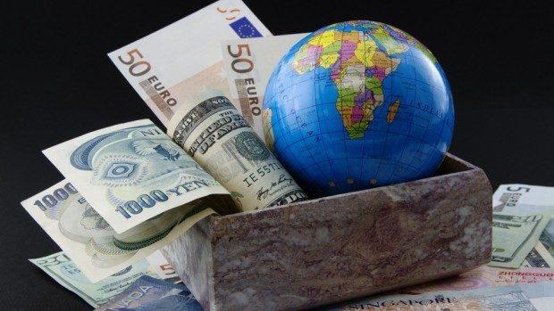 Datoria totală la nivel mondial, la un maxim record de 233.000 miliarde dolari
