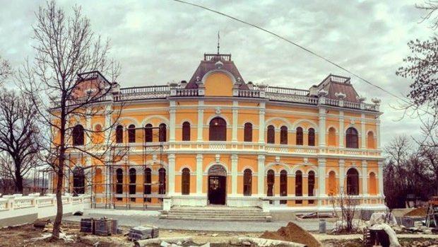 (foto) 13 decembrie – data redeschiderii Conacului renovat Manuc Bey din Hâncești