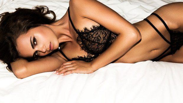(foto) 20 cele mai sexy ipostaze în care a fost surprinsă modelul basarabean Xenia Deli