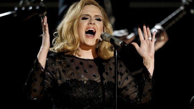 (video) Primul din ultimii patru ani! Adele va susține în 2016 un turneu european