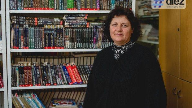Gheorghina Josan de 27 de ani îi învață pe copiii din Tănătari să iubească și să prețuiască cărțile