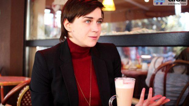 Iulia Cozacenco: Ce învățăm de la britanici? Respectul reciproc, amabilitatea deosebită, cultura profesională disciplinată