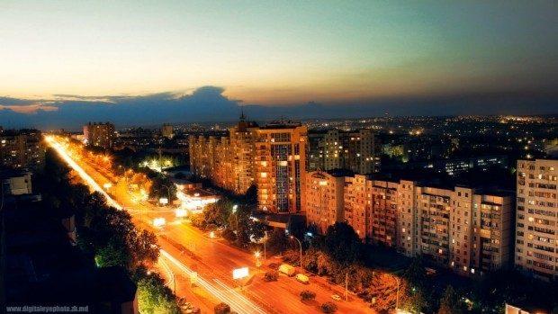 Până la sfârșitul lui noiembrie, 102 străzi din Chișinău vor fi iluminate