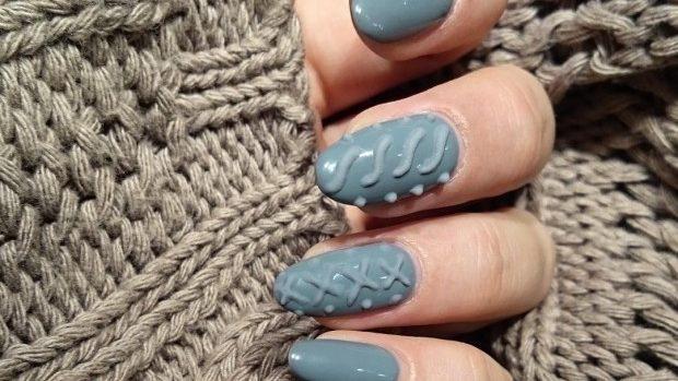 (foto, video) Manichiura 3D. Trendul care se potrivește perfect cu puloverul tău