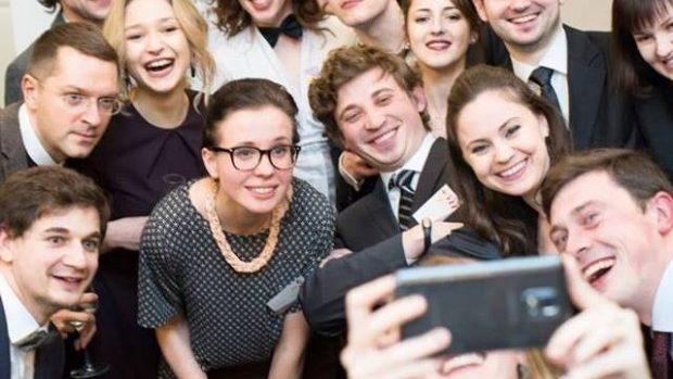 """(foto, video) Gala GSORM 2015: Află cine sunt câștigătorii rubricii """"Reveniri care inspiră"""""""