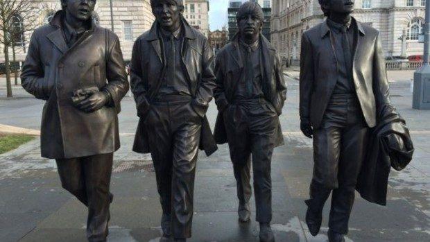 (foto) The Beatles: La Liverpool a fost inaugurată o nouă statuie a fabulosului cvartet