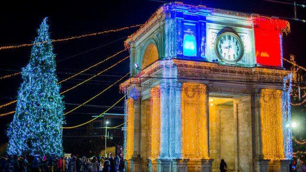 (foto, video) În Capitală a fost inaugurat Bradul de Crăciun și luminile de sărbătoare