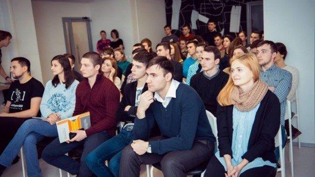 ATIC invită tinerii să participe la evaluarea Campaniei de promovare a Carierei IT