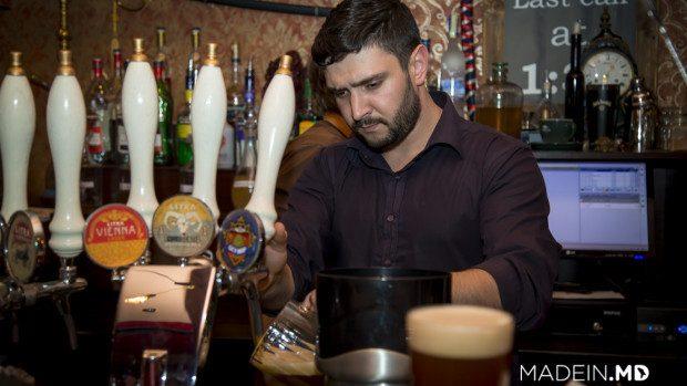 "(foto) Un nou tip de bere produs pe piața din Moldova: India Pale Ale ""Litra Guy Hop"""