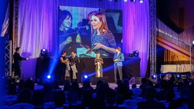Cei mai activi voluntari din Moldova ai anului 2015 au fost premiați la Festivalul Voluntarilor
