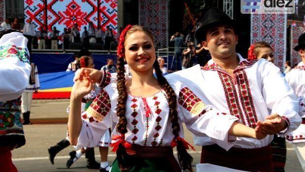 Retrospectivă: Cum arată portretul moldoveanului tipic din 2015