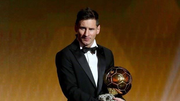 (foto, video) Lionel Messi câștigă al cincilea Balon de Aur