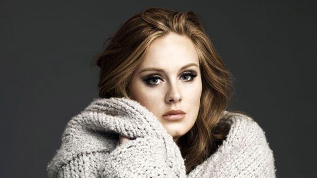 (video) Adele își va lansa propria linie de îmbrăcăminte XL, în colaborare cu o firmă specializată în măsuri mari