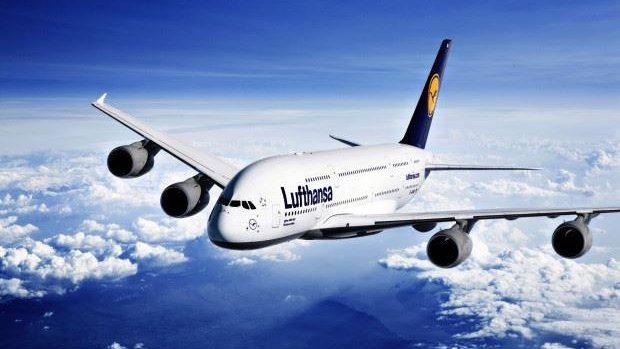 Un ex-ministru al Educației a solicitat conducerii Lufthansa să utilizeze limba română în timpul zborului către Moldova