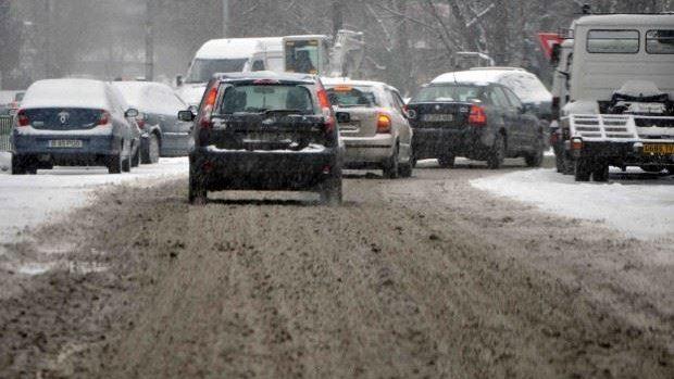 Poliția recomandă conducătorilor auto să circule prudent