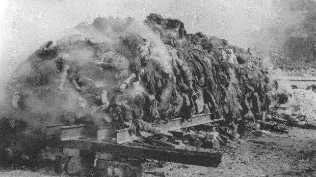 """(foto) Holocaustul sau """"arderea de tot"""" a celor șase milioane de oameni comemorată în Moldova"""