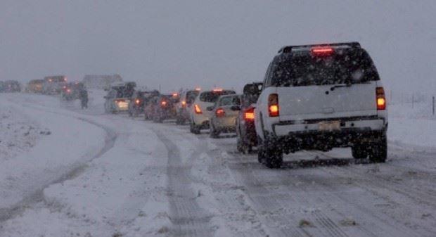 Ninsorile blochează pasagerii la frontieră. Serviciul Vamal recomandă evitarea călătoriilor