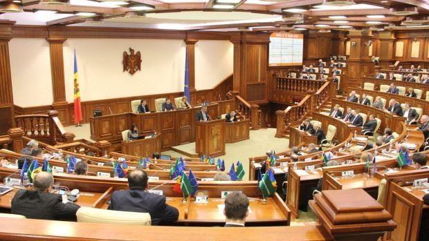 Cele două proiecte cu privire la schimbarea sistemului electoral vor fi comasate