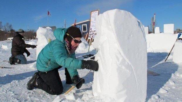 Duminică sunteți invitați la Dendrariu să sculptați în zăpadă