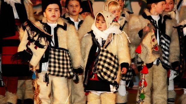 Primiți semănătorii? De Sfântul Vasile moldovenii își urează bunăstare