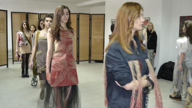 (foto) Un colegiu din Chișinău a lansat o colecție de modă cu tematica Holocaustului