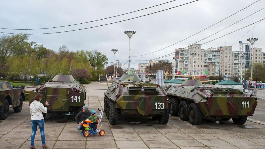 (doc) Parlamentul cere Rusiei să-și retragă trupele și munițiile de pe teritoriul Moldovei
