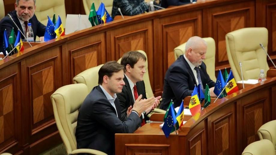 Deputații PLDM propun consolidarea rolului opoziției într-un parlament democratic