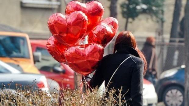 Cambodgia: Ministerul Educației avertizează elevii asupra pericolelor pe care le aduce Ziua Îndrăgostiților