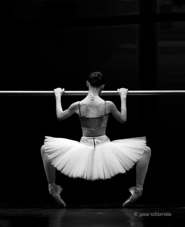 Ballet-dancers-33__700