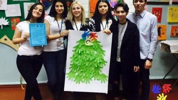 Alături de copii – un proiet creat de elevi pentru a ajuta la dezvoltarea copiilor cu vârsta de 5 – 11 ani