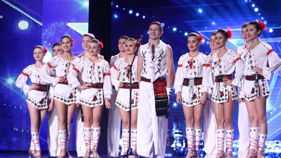 """(video) Trupa """"Maximum"""" din Bălți a făcut un adevărat spectacol pe scena de la """"Românii au talent"""""""